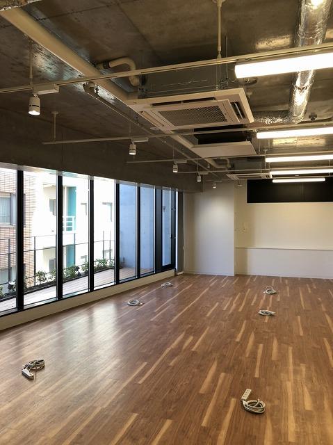 【デザイナーズ】渋谷 スケルトン風オフィス 15~35坪