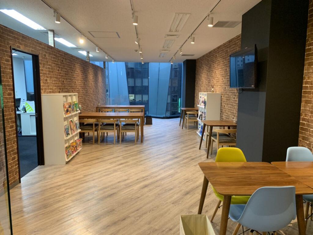【居抜き】天神、約30坪。 広めのオープンスペースがあるデザインオフィス。