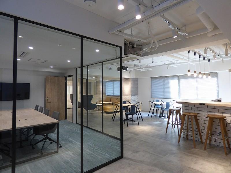 【セットアップ】堺筋本町、約60坪。 フリースペース付のデザイナーズオフィス!