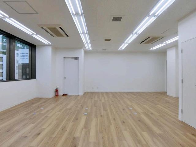 【デザイナーズ】神田、敷金0カ月! 初期コストを抑えられる好立地物件。