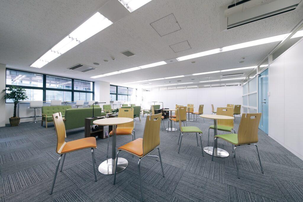 【居抜き】麹町・半蔵門エリア、約110坪。 ポップなコワーキングオフィス居抜き物件‼
