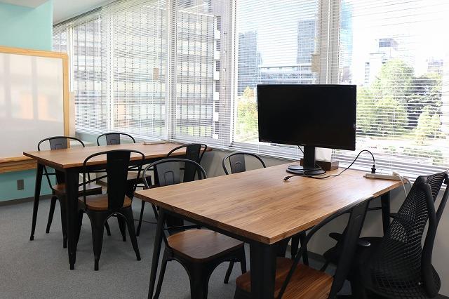 【居抜き】溜池山王エリア。 カフェスペースあり!お洒落な大型居抜きオフィス