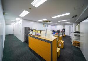 【居抜き】人形町・水天宮エリア、トータル300坪越え。汎用性のある居抜きオフィス。