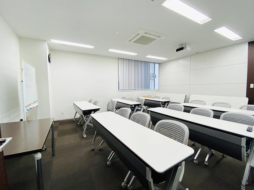 【居抜き】永田町、50-75坪。秀逸なお気に入りオフィス。