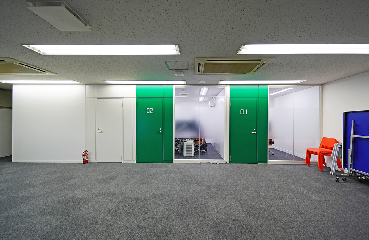 【居抜き】北区エリア 会議室2つ有り メゾネット居抜きオフィス