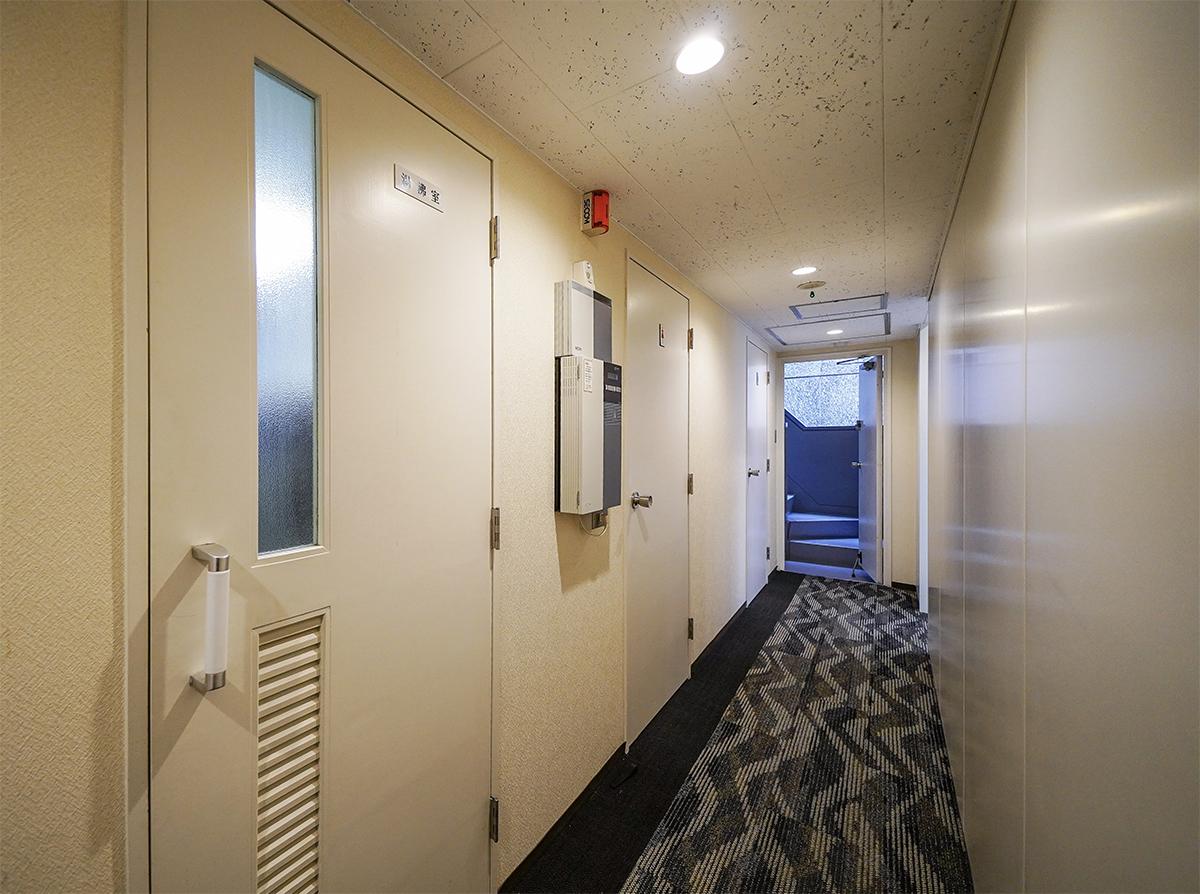 【居抜き】中央区エリア 会議室2つ有り 使い勝手の良い居抜きオフィス