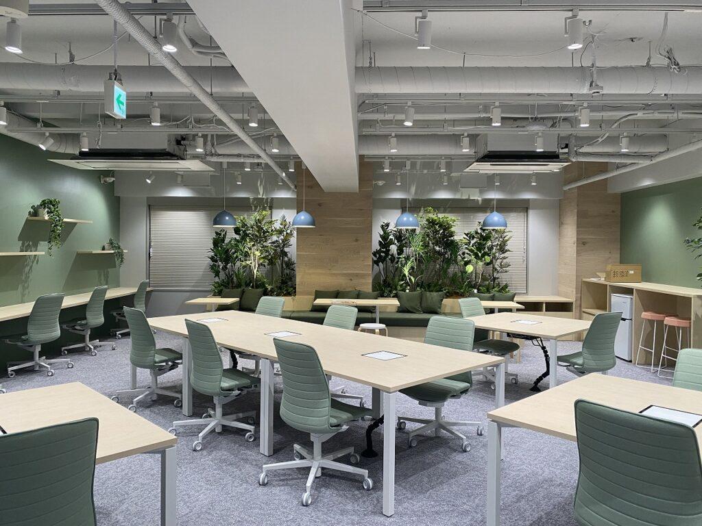 グリーンを基調とした爽やかオフィス