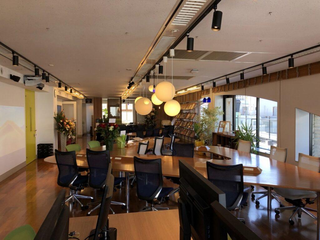 【居抜き】恵比寿にて70坪圧倒的クリエイティブ空間 最高内装スペック(大会議室、小会議室、社内MT、倉庫、社長室完備)