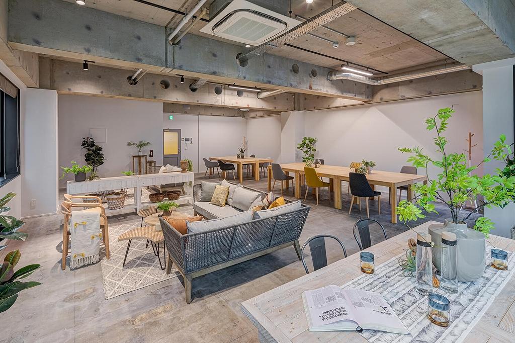 【デザイナーズ】中央区の利便性の良い場所に多機能なおしゃれオフィスが誕生!