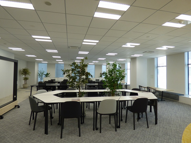 【セットアップ】大阪淀屋橋・北浜エリア!チームワークを活性化させるオフィス空間!