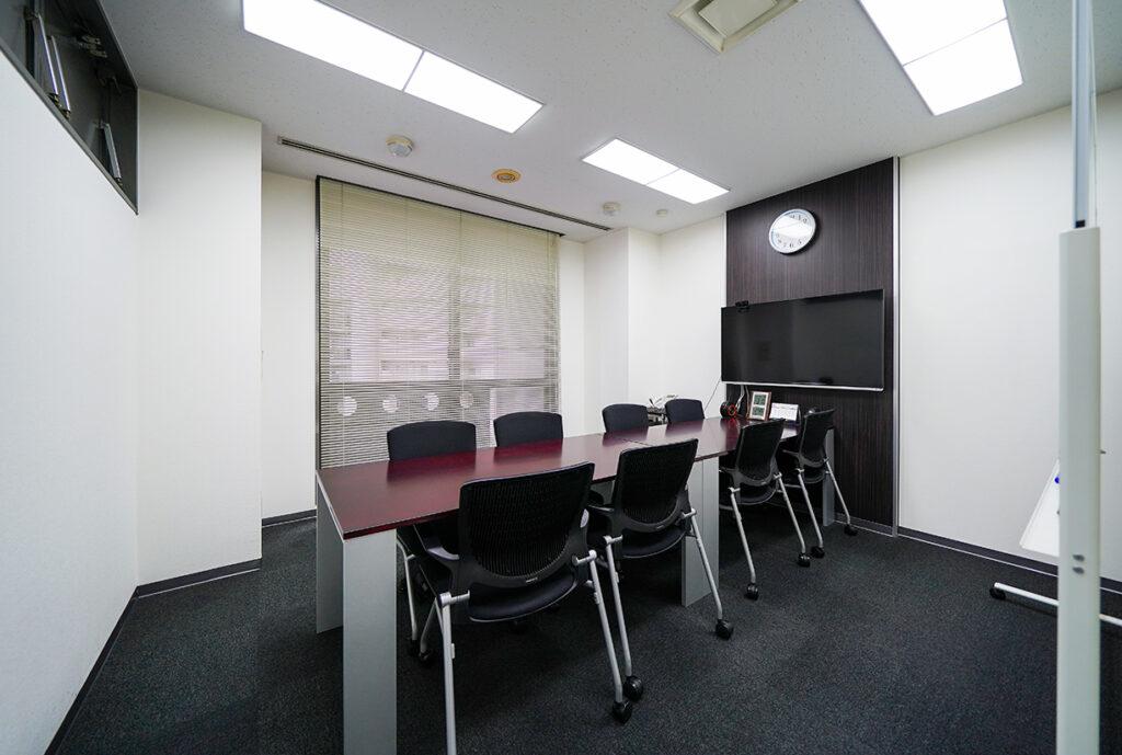 【居抜き】中央区 会議室複数 使い勝手の良いオフィス!